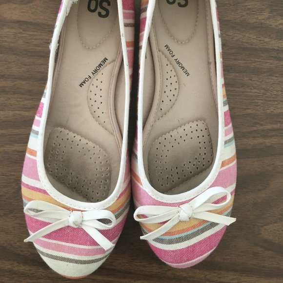 Multi color pink flats - size 8